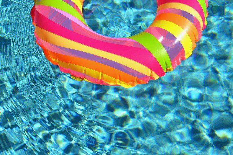פתיחת בריכת השחייה ורכישת מנויים לעונת הרחצה 2016