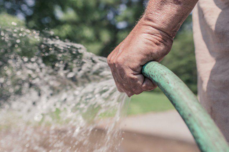 """סקר צרכני מים, לקבלת הטבת """"כמות מוכרת"""" (מים במחיר מוזל)"""