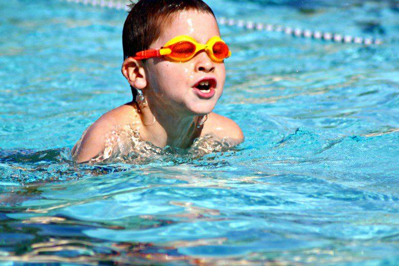שעות פתיחת בריכת השחייה החל מ-1 ספטמבר 2015
